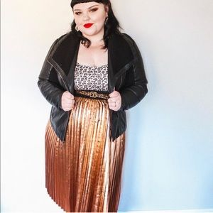 LuLaRoe Elegant Collection Gold Jill Skirt